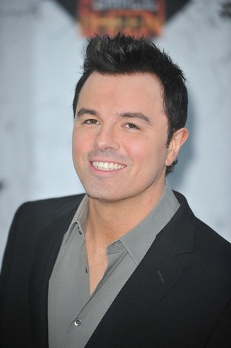 Seth MacFarlane wallpaper containing a business suit and a suit titled Comedy Central Roast of Charlie Sheen
