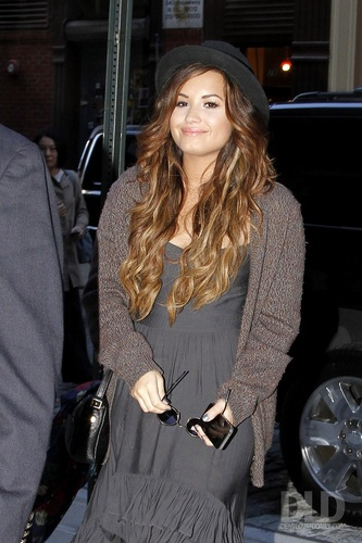 Demi - Arriving at her Manhattan Hotel in New York - September 19, 2011
