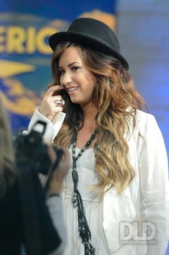 Demi - Good Morning America - September 19, 2011