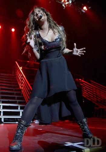Demi - Performs at Hammerstein Ballroom In New York - September 17, 2011