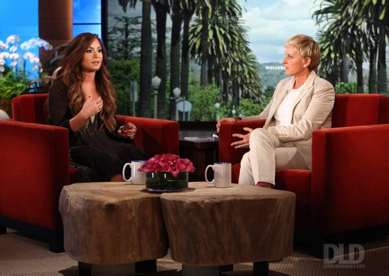 Demi the ellen degeneres show september 20 2011 demi lovato photo 25404466 fanpop - Ellen show videos ...