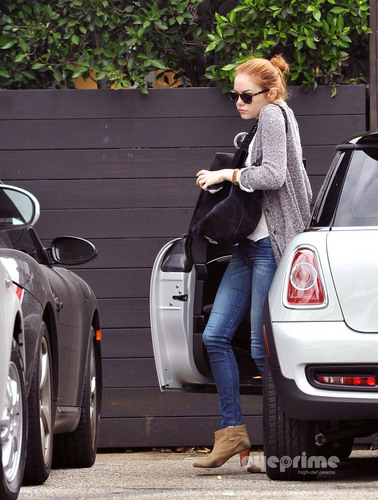 Emma Stone spotted out in West Hollywood, Sep 17