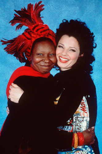 Фрэн Дрешер Обои probably with a капот, худ and an outerwear titled Fran Drescher