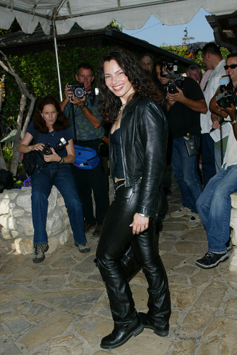 Фрэн Дрешер Обои possibly with a hip boot titled Fran Drescher
