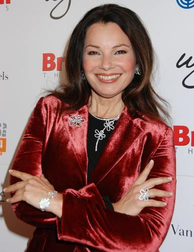 Fran Drescher karatasi la kupamba ukuta possibly containing a bathrobe, a nightwear, and a well dressed person titled Fran