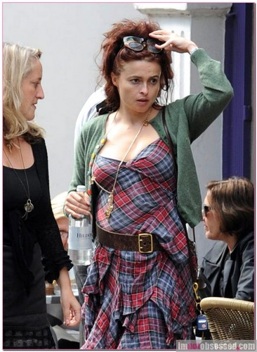 Helena - Out in Londra