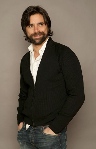 John Stamos 壁紙 possibly with a business suit titled John Stamos