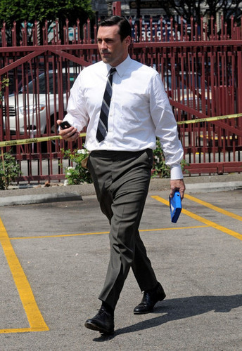 "Jon Hamm on Set of ""Mad Men"" - jon-hamm Photo"