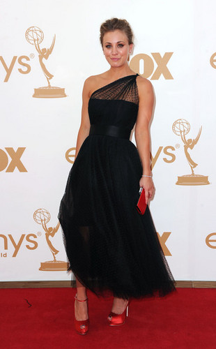 Kaley Cuoco @ 63rd Annual Primetime Emmy Awards - Arrivals