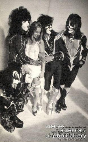 Kiss...and guest