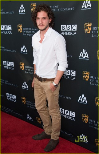 Kit Harington: BAFTA چائے Party!