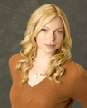 Laura in October Road [HQ] - laura-prepon photo
