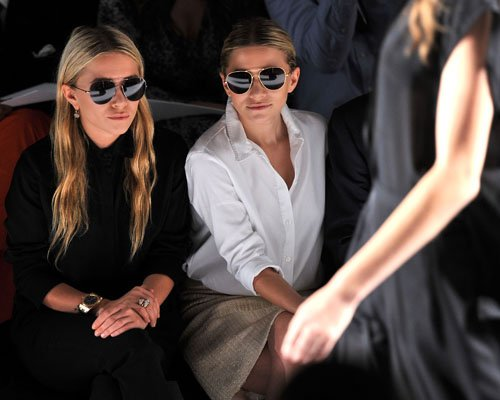 Mary-Kate & Ashley Olsen - At the J. Mendel Spring 2012 tampil in New York City, September 14, 2011