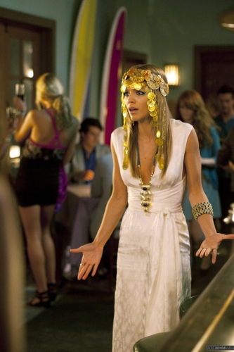 Naomi - Greek Tragedy (4x03)