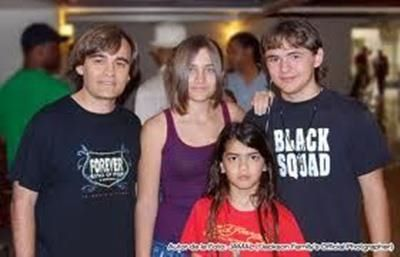 Rare pic of prince Paris and blanket Jackson