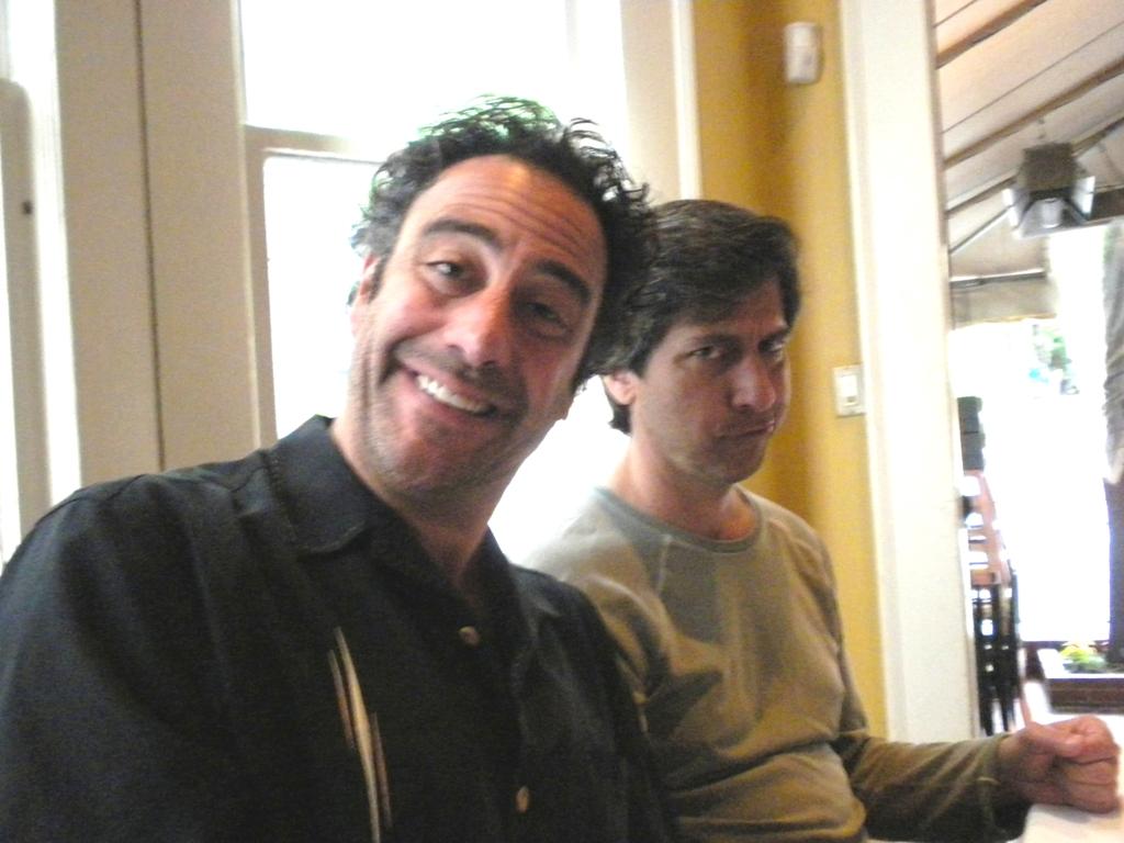 Robert & Raymond - Everybody Loves Raymond Photo (25457837 ...  Ray Romano Robert Romano