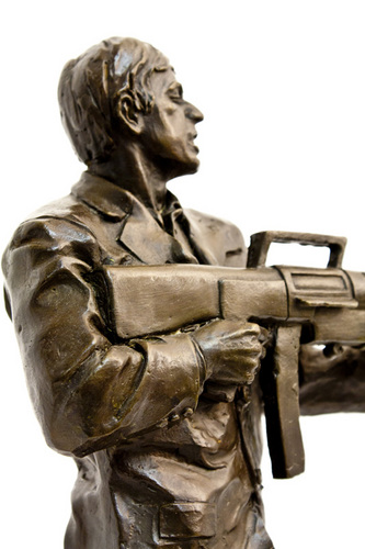 Scarface wallpaper with a rifleman, a green beret, and a navy seal titled Scarface limited edition sculpture!