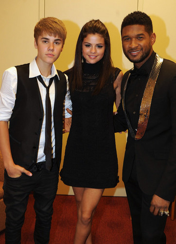 Selena - At the 33rd Annual Georgia Hall of Fame Awards - September 17th 2011
