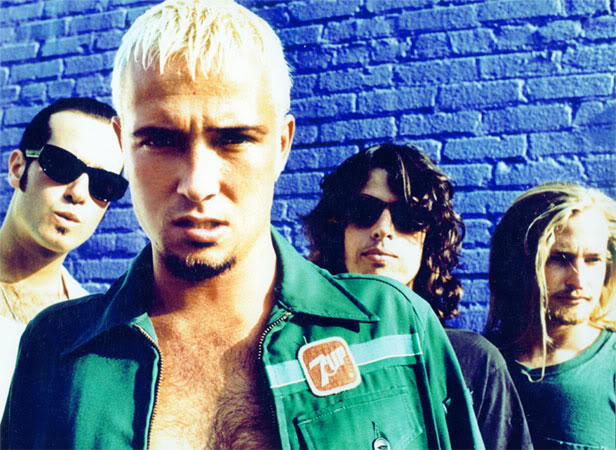 background information on the stone temple pilots stp
