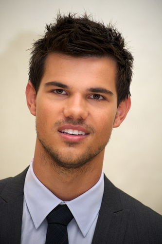 Taylor Lautner - Abduction Press Conference