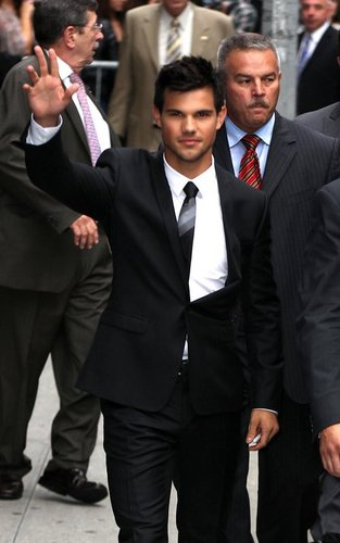 Taylor Lautner - Late Night with David Letterman.