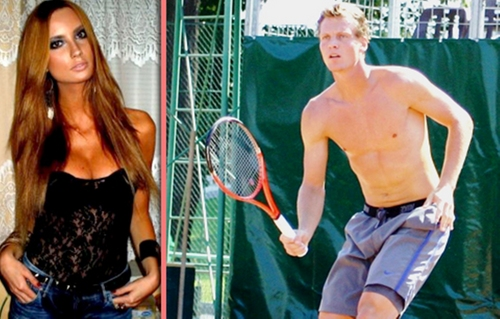 Tomas Berdych new girlfriend Ester Satorova (19)