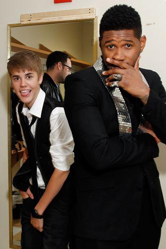 アッシャー and Justin Bieber <3