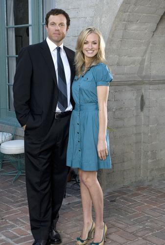 Yvonne Strahovski (Sarah) & Adam Baldwin (John Casey)