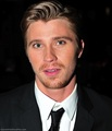 sexy eyes - garrett-hedlund photo