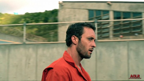 2.01 Ha'i'ole   - alex-oloughlin Screencap