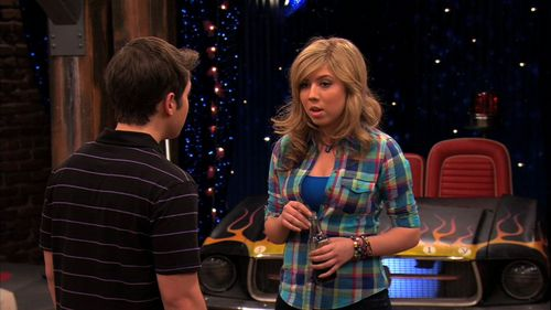 iCarly wallpaper possibly containing a concert titled 5x03 - iCan't Take It