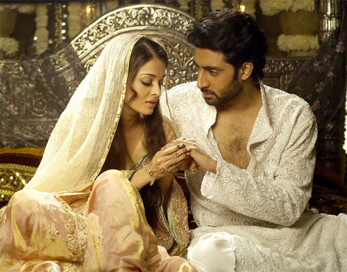 Aishwarya Rai hình nền possibly containing an abattoir and a bridesmaid entitled Aishwarya Rai and Abhishek Bachan