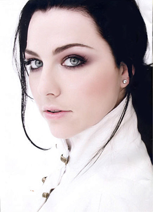Amy Lee wallpaper probably containing a portrait called Amy Lee