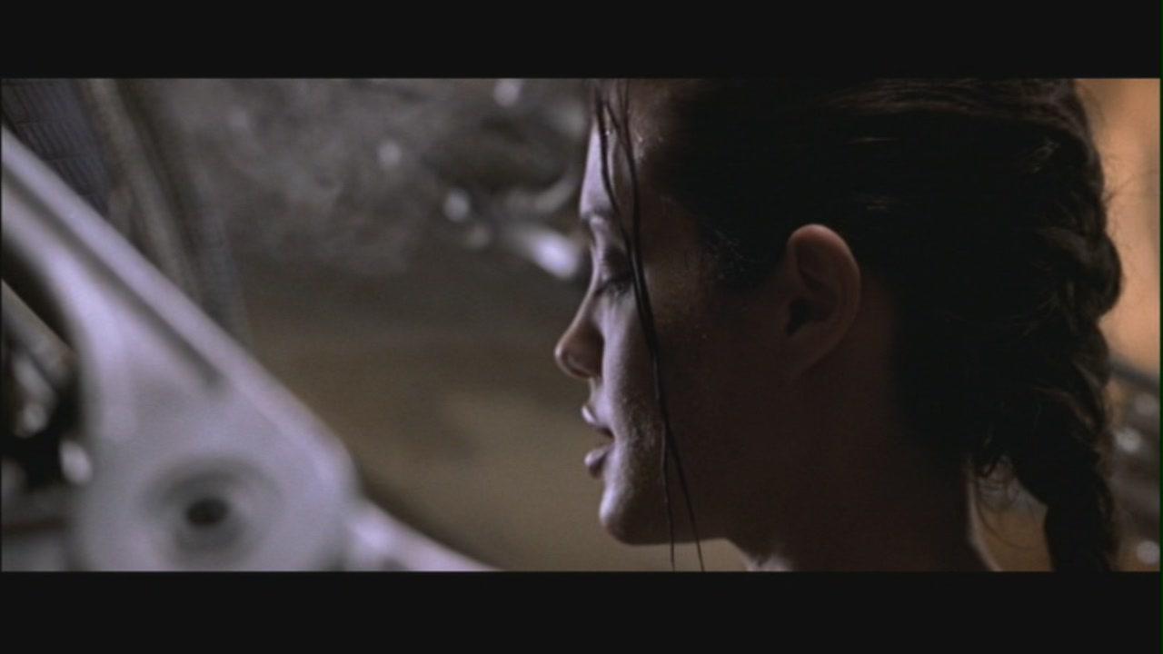Angelina jolie tomb raider naked
