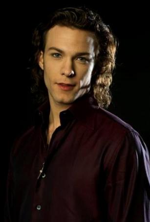 Kyle schmid vampire