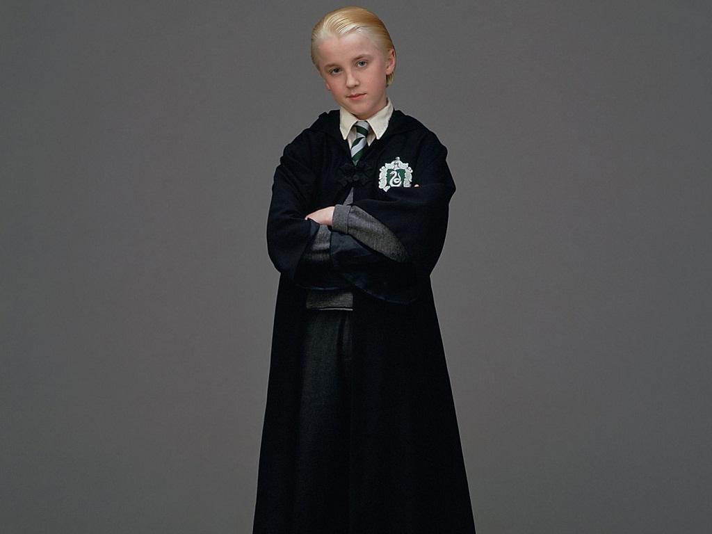 Draco Malfoy fondo de pantalla