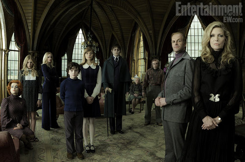 First Cast Picture of New Dark Shadows Movie