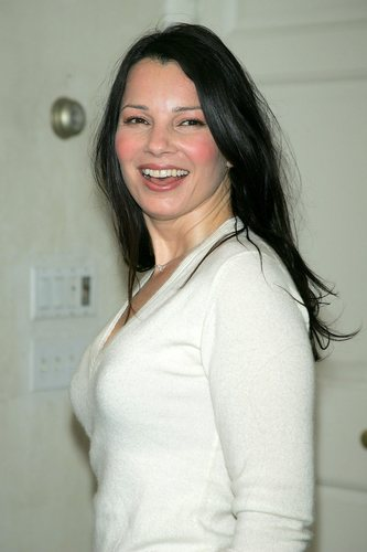 Fran Drescher Hintergrund probably with a portrait entitled Fran