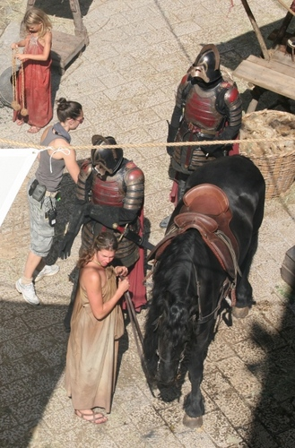 Game of Thrones- Season 2- Lannister Guards