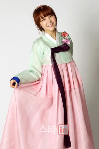 Girl's jour Hanbok cuties <3
