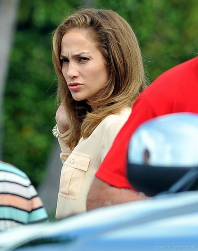 Jennifer - Parker.. Film set - Filming in Miami - September 22, 2011