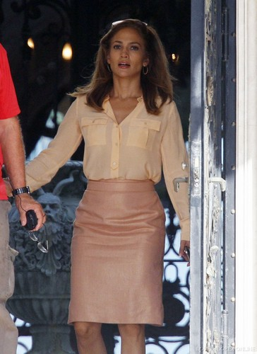 Jennifer - Parker.. Film set - Filming in Miami - September 23, 2011