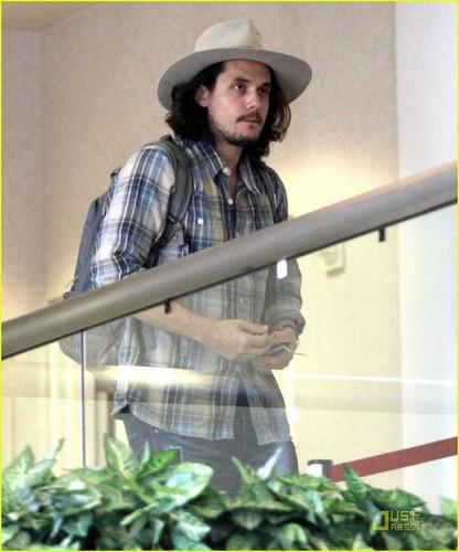 John Mayer: Album Delayed Due to Granuloma