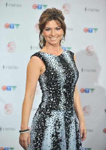 shania twain fondo de pantalla possibly containing a cena dress, a cóctel, coctel dress, and a vestido called Juno Awards 2011