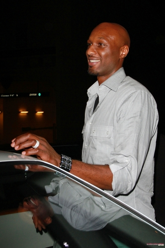 Khloe and Lamar leave Mastro's Steakhouse after a dîner in Los Angeles - 19/09/2011