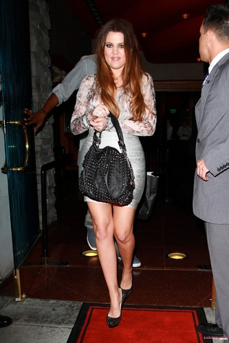Khloe and Lamar leave Mastro's Steakhouse after a رات کے کھانے, شام کا کھانا in Los Angeles - 19/09/2011