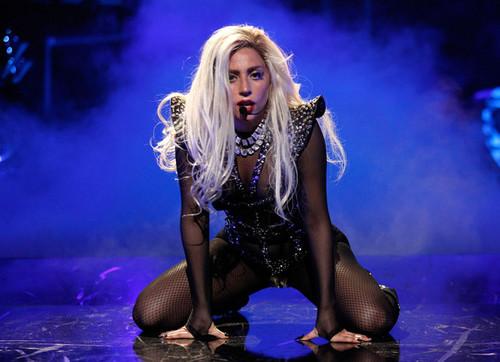 Lady Gaga performing @ iHeartRadio Музыка Festival