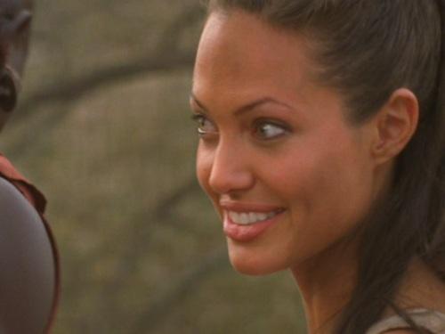 Action Films fondo de pantalla titled Lara Croft Tomb Raider: The cuna of Life