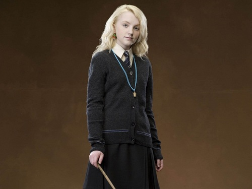 Luna Lovegood wallpaper probably containing a well dressed person titled Luna Lovegood Wallpaper