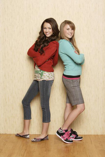 Miley And Emily..♥